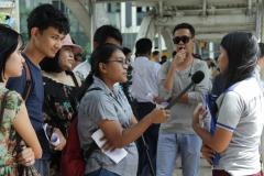 PEN-Myanmar-talking-to-vox-pop-participants-Sep-2019